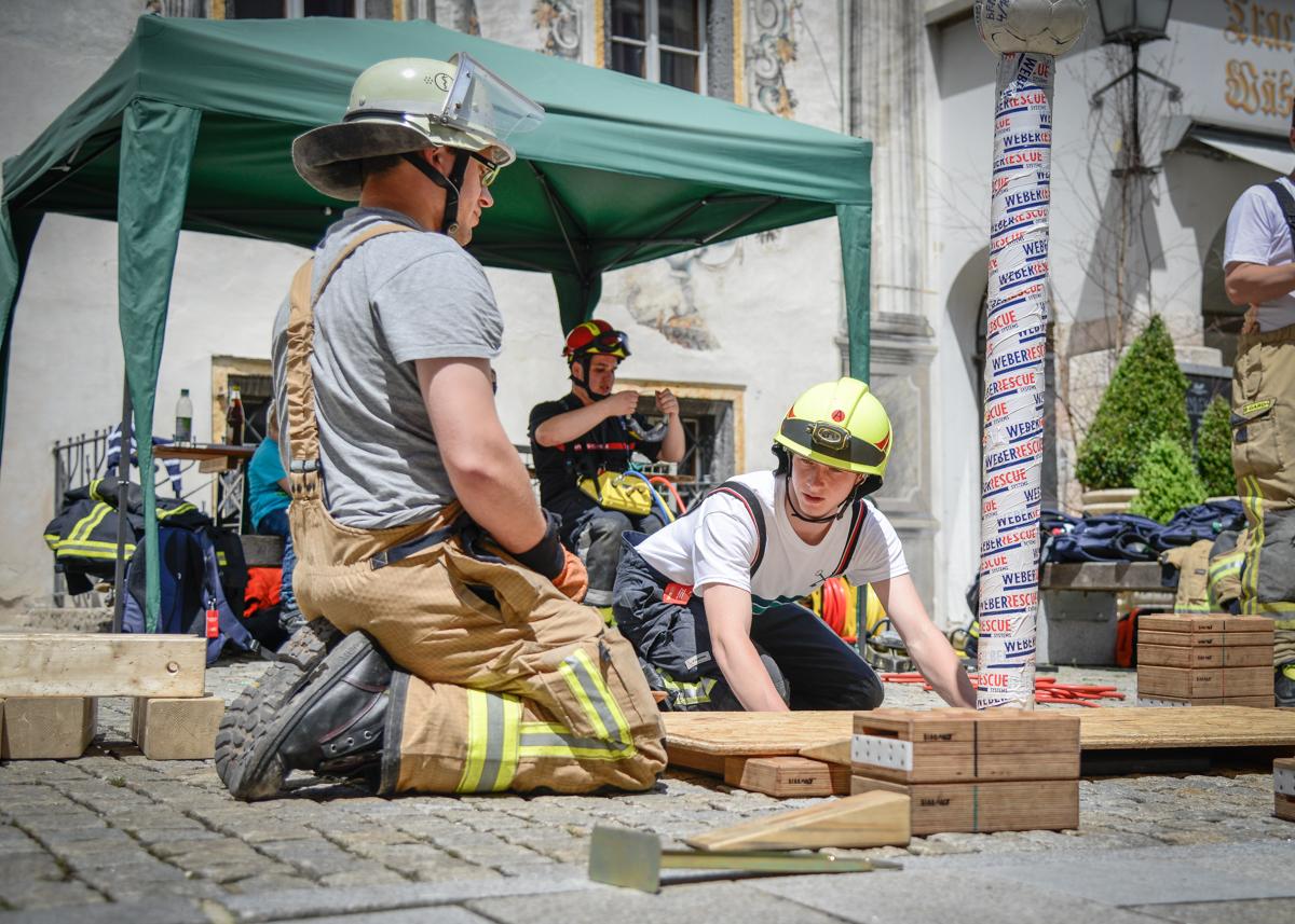 Bildwerkstatt Feiga - Galerie - Fit for Fire